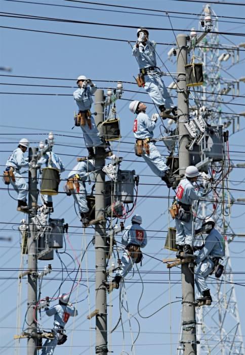 Прикольные картинки ко Дню энергетика (20 штук)