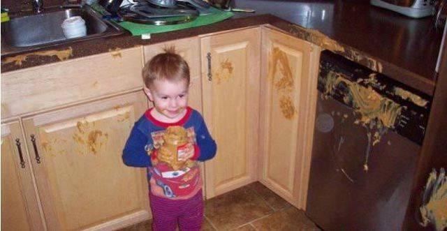 Смешные приколы с маленькими детьми до слез (25 фото)