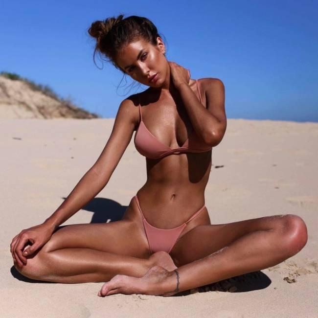 Самые красивые девушки на пляже